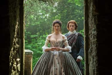 Claire Fraser's Dress In 'Outlander'