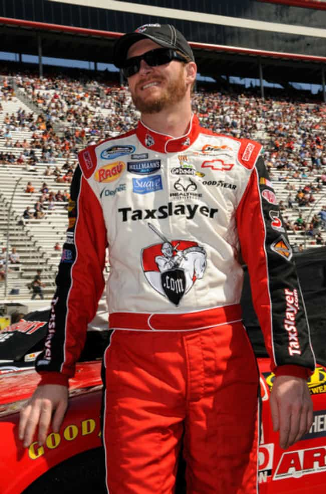 Dale Earnhardt, Jr. is listed (or ranked) 4 on the list NASCAR Drivers Who Smoke