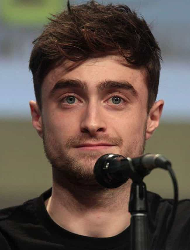 Daniel Radcliffe is listed (or ranked) 5 on the list Hilarious Ways Celebrities Have Tried To Avoid The Paparazzi