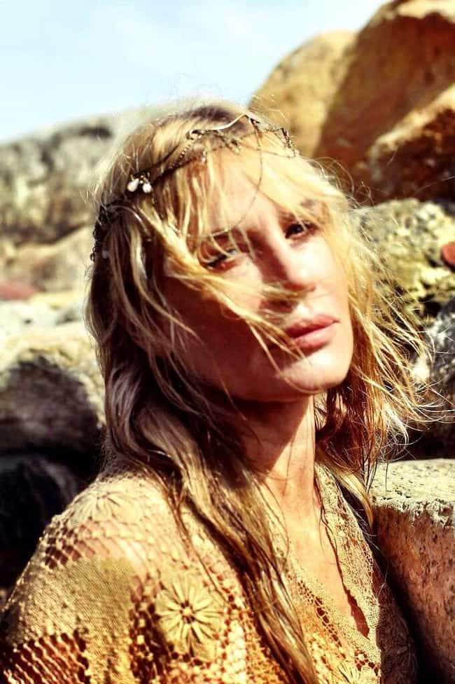 Daryl Hannah is listed (or ranked) 4 on the list Women Who David Blaine Has Dated