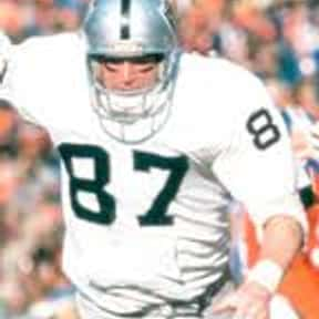 Dave Casper is listed (or ranked) 12 on the list The Greatest Tight Ends Of All Time
