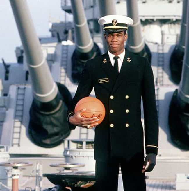 David Robinson is listed (or ranked) 3 on the list Athletes Who Served in the Military