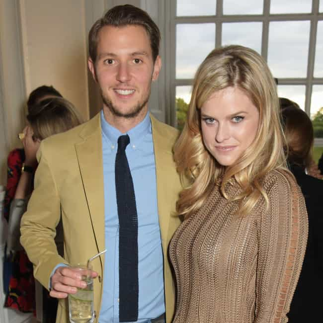 Alex Cowper-Smith is listed (or ranked) 1 on the list Alice Eve Loves and Hookups