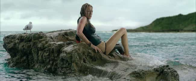 The Shallows is listed (or ranked) 2 on the list Pretty Good Horror Movies That Take Place At The Beach