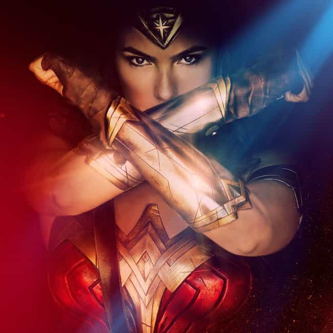 Wonder Woman is listed (or ranked) 4 on the list What to Watch If You Love 'Supergirl'
