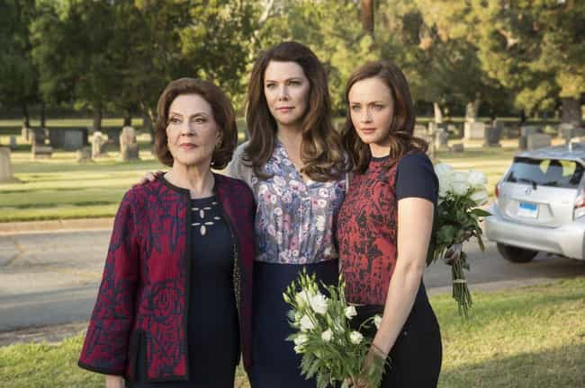 Gilmore Girls: A Year in the L... is listed (or ranked) 1 on the list Netflix Shows People Are Bingeing The Fastest