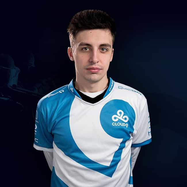 Shroud is listed (or ranked) 1 on the list The Best 'Apex Legends' Streamers