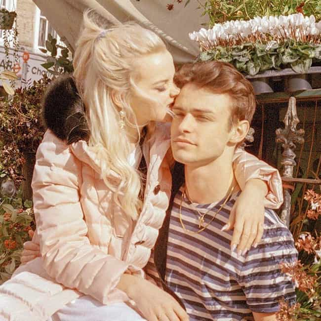 Thomas Doherty is listed (or ranked) 1 on the list Dove Cameron Loves And Hookups