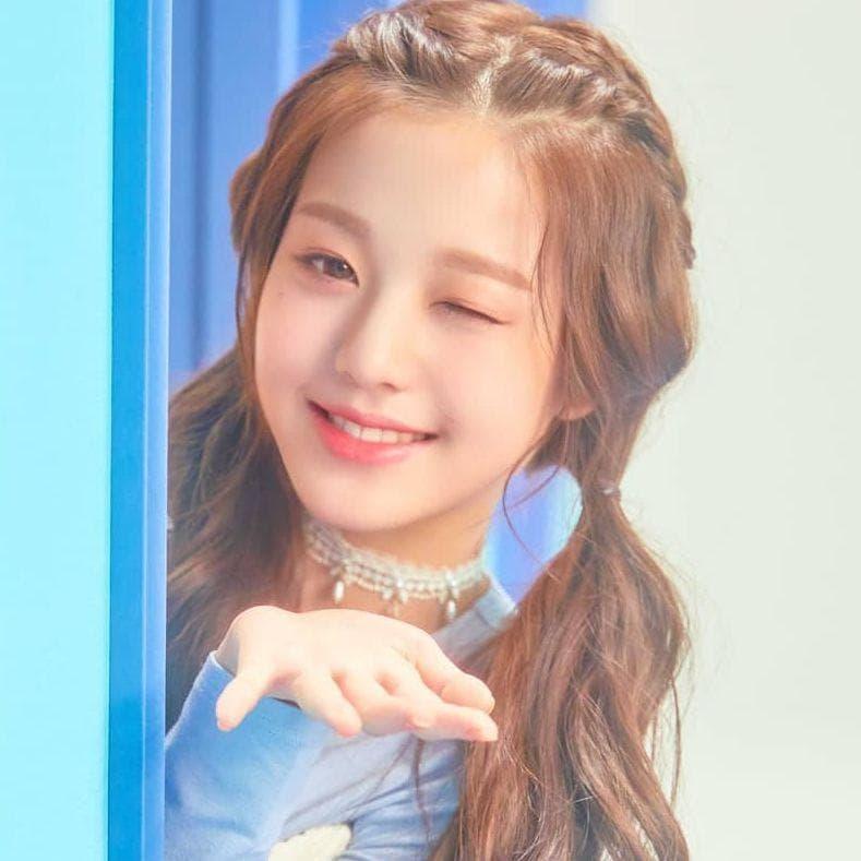 Random Best Female Centers In K-pop Right Now
