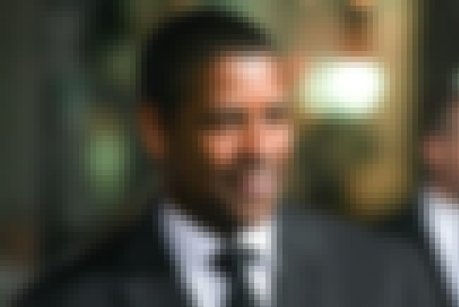 Denzel Washington is listed (or ranked) 5 on the list Famous People who Majored in Journalism
