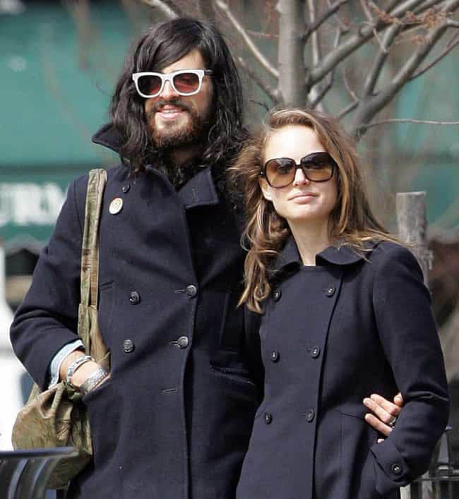 Devendra Banhart is listed (or ranked) 3 on the list Natalie Portman's Loves & Hookups