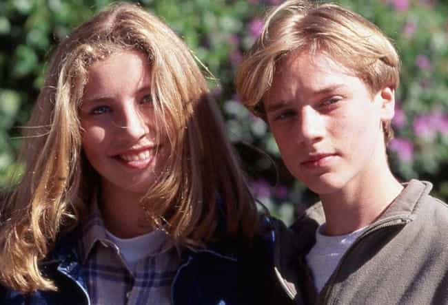Devon Sawa is listed (or ranked) 4 on the list Everyone Sarah Chalke Has Dated