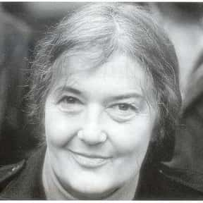 Dian Fossey is listed (or ranked) 2 on the list List of Famous Zoologists
