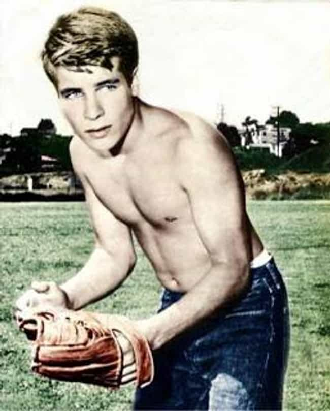 Don Grady is listed (or ranked) 2 on the list 52 of Your Mom's Hottest Childhood Crushes