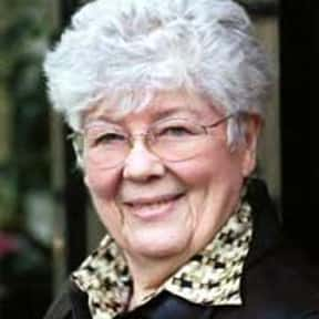 Dorothy Dunnett is listed (or ranked) 21 on the list Famous Writers from Scotland
