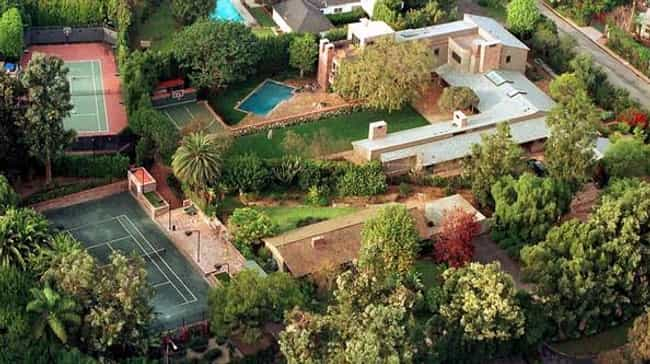 Dustin Hoffman is listed (or ranked) 4 on the list 41 Drool-Worthy Celebrity Homes
