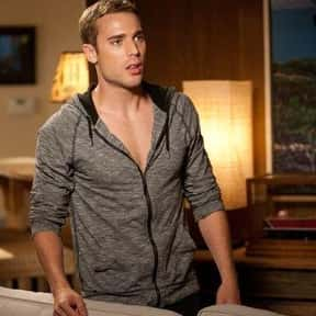 Dustin Milligan is listed (or ranked) 1 on the list 90210 Cast List