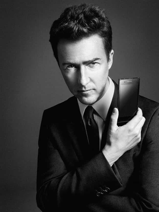 Edward Norton is listed (or ranked) 3 on the list Salma Hayek's Loves & Hookups