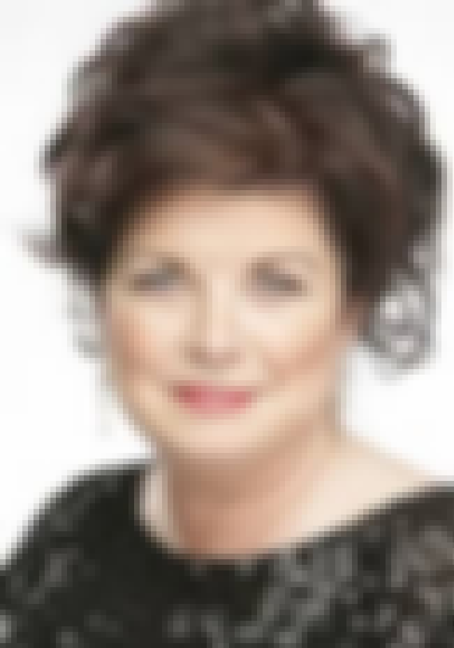 Elaine C. Smith is listed (or ranked) 1 on the list City Lights Cast List