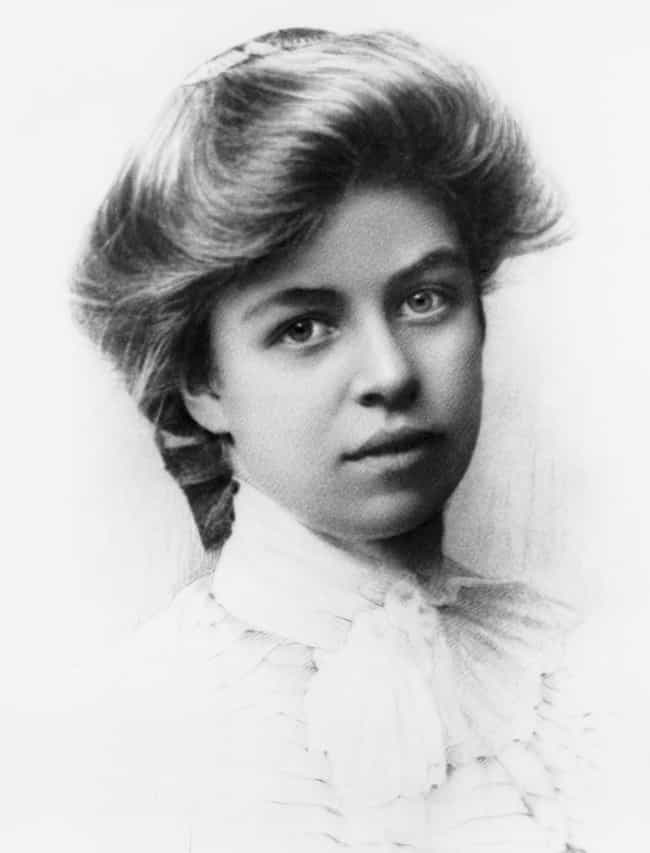 Eleanor Roosevelt is listed (or ranked) 4 on the list Famous Female Social Activists
