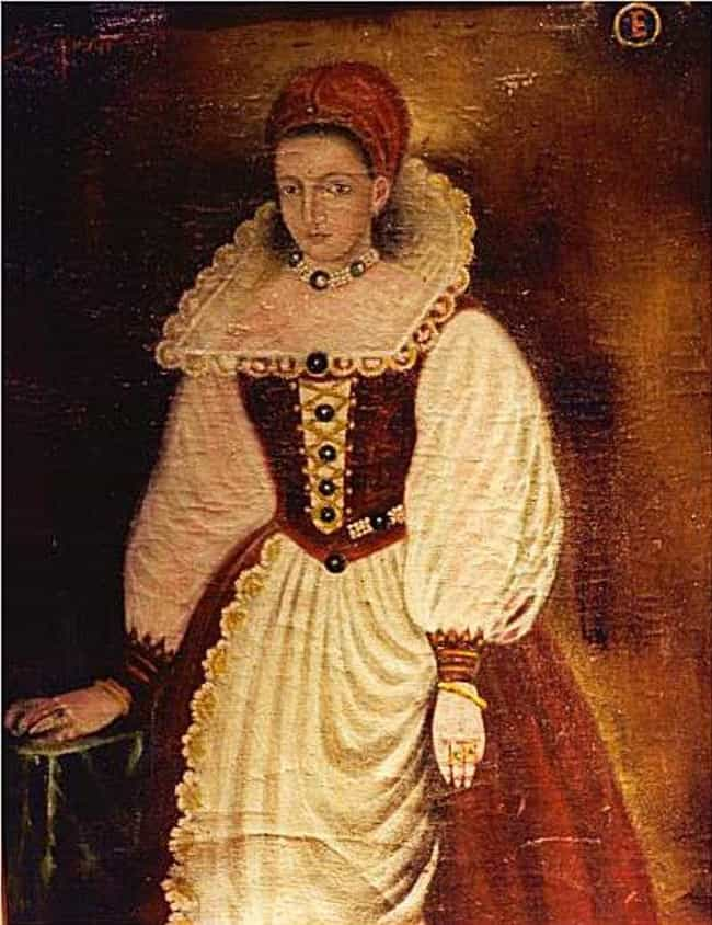 Elizabeth Báthory is listed (or ranked) 1 on the list 12 Terrifying Female Serial Killers