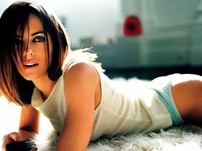 [Jeu] La Bombe Sexy Yeaaaah - Page 5 Elizabeth-hurley-people-in-tv-photo-u29?w=650&q=50&fm=jpg