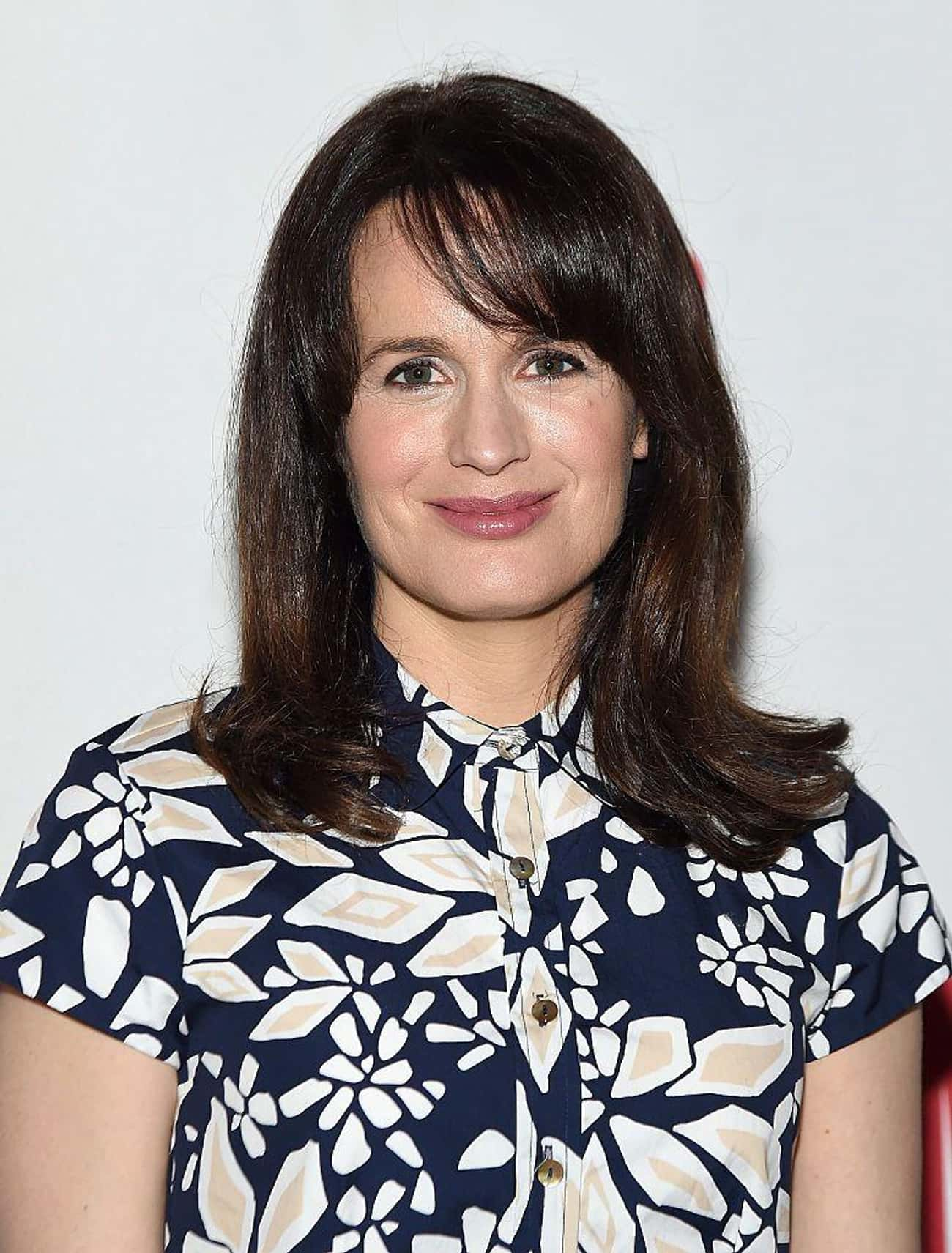 Elizabeth Reaser is listed (or ranked) 3 on the list Women Who Matthew Perry Has Dated