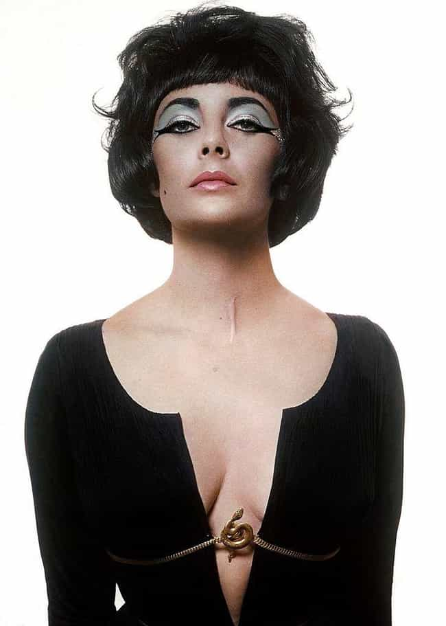 Elizabeth Taylor is listed (or ranked) 2 on the list Colin Farrell's Loves & Hookups