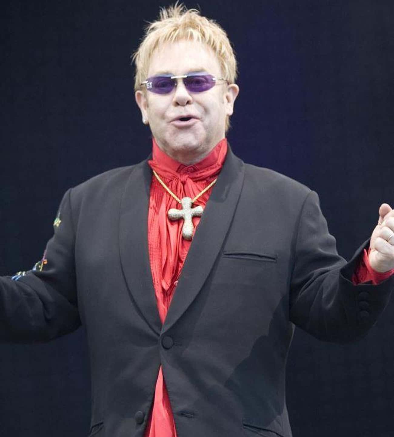 Elton John is listed (or ranked) 1 on the list Famous Friends Of Aretha Franklin