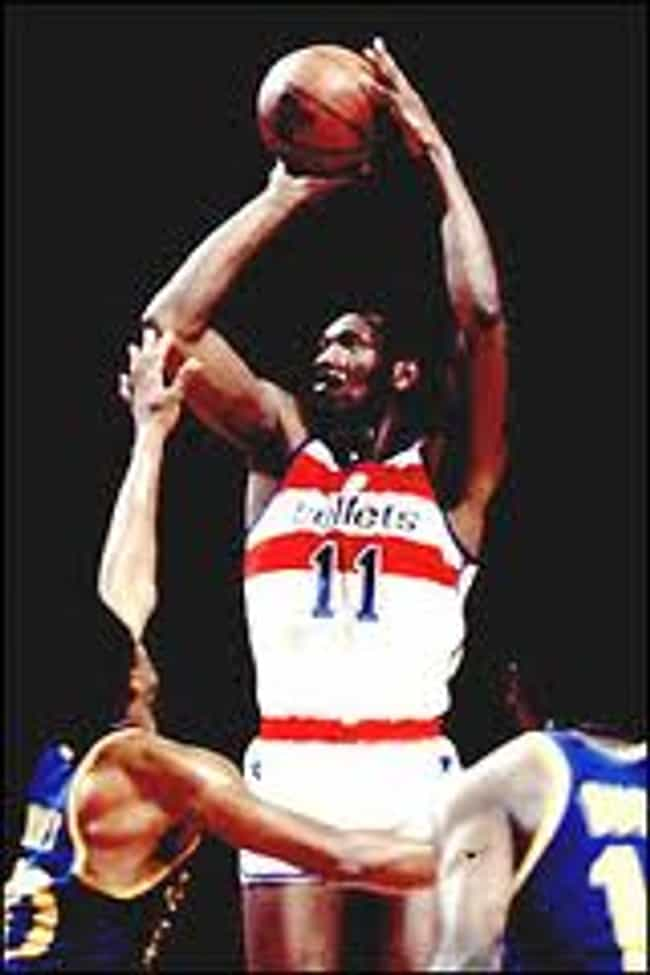 Elvin Hayes is listed (or ranked) 3 on the list The Top 10 Best Basketball Players of the 1970's