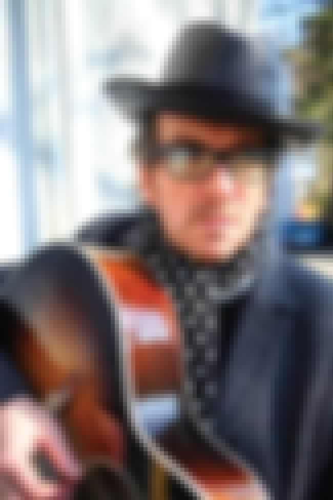 Elvis Costello is listed (or ranked) 2 on the list The Worst Singers: The 5 Worst Singers Ever