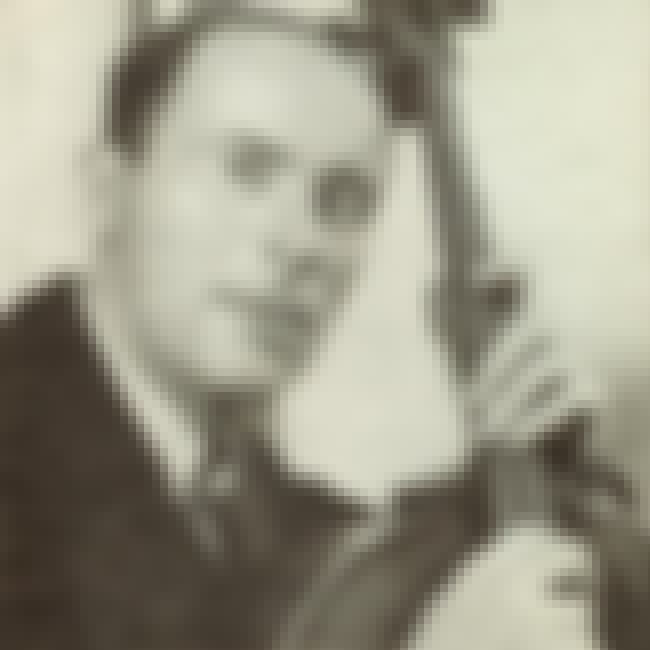 Emanuel Feuermann is listed (or ranked) 8 on the list List of Famous Cellists