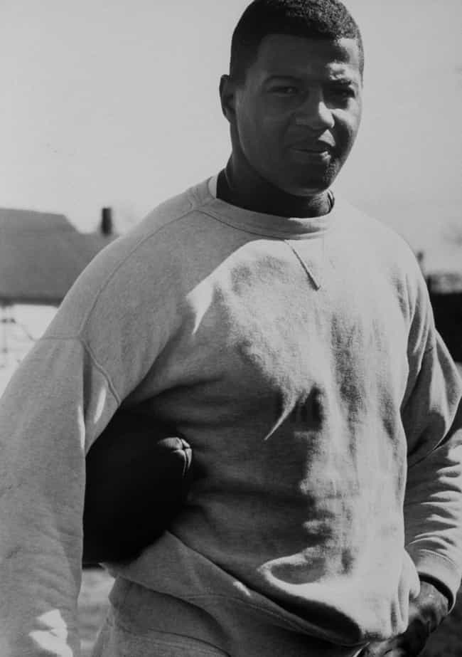 Ernie Davis is listed (or ranked) 4 on the list 20 Professional Athletes Who Died Young