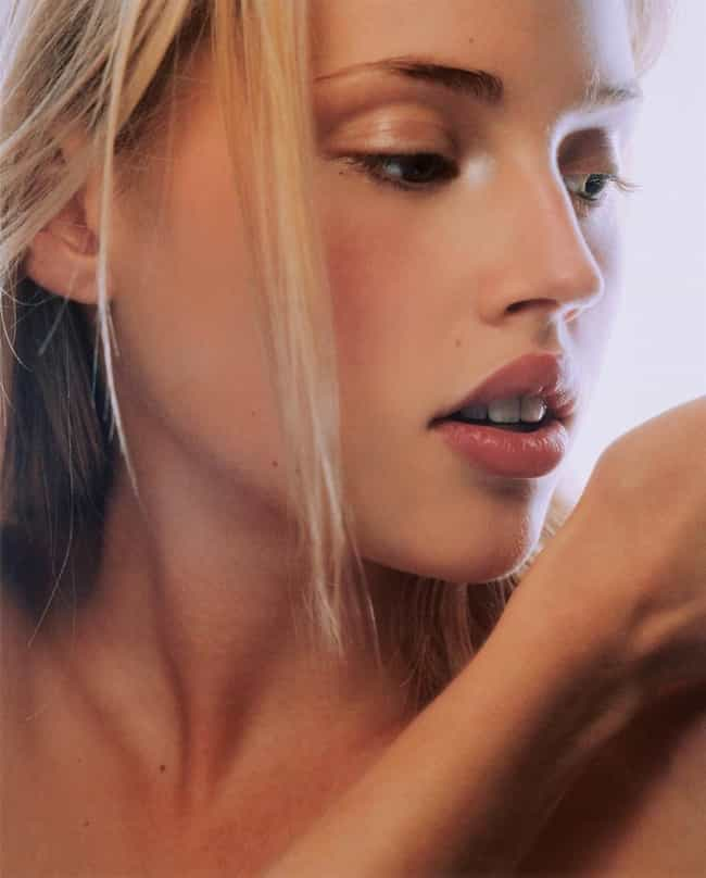 Estella Warren is listed (or ranked) 4 on the list Famous Girls with the Best Pairs of Lips