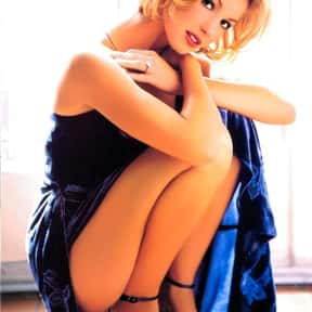 Faith Hill is listed (or ranked) 18 on the list The 100+ Most StunningWomen of the '90s