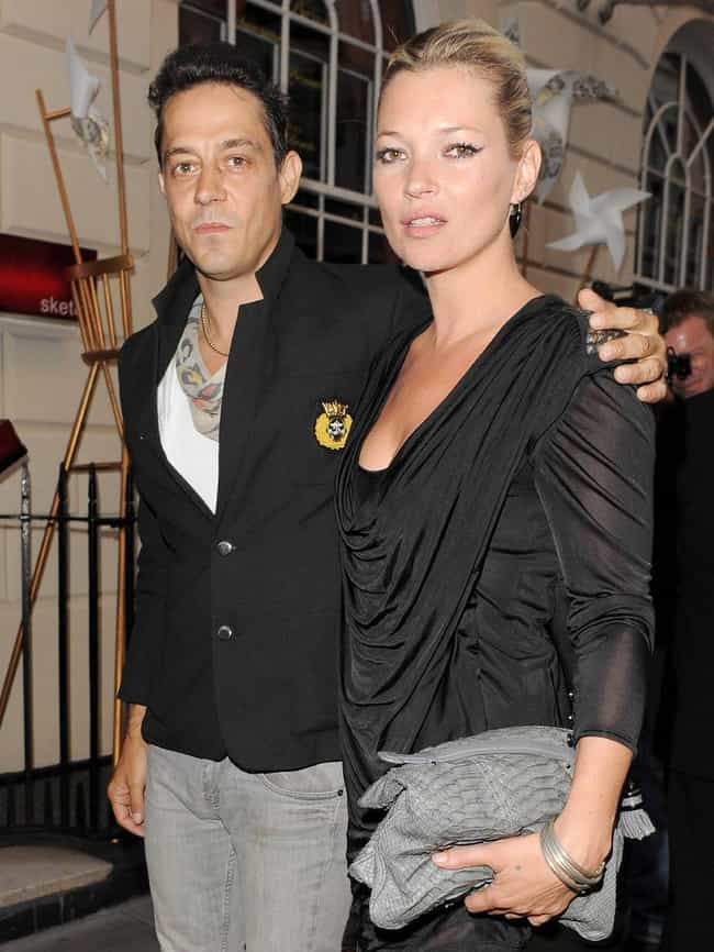 Jamie Hince is listed (or ranked) 2 on the list Famous Friends of Kate Moss