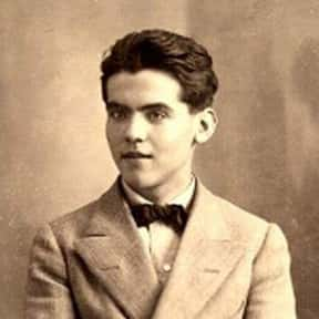 Federico García Lorca is listed (or ranked) 15 on the list The Best Gay Authors