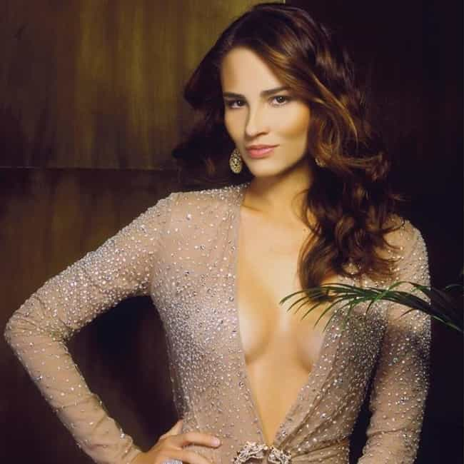 Fernanda Tavares is listed (or ranked) 2 on the list The Most Stunning Brazilian Actresses