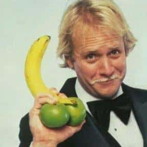 Fernwood 2 Night is listed (or ranked) 7 on the list Martin Mull TV Show/Series Credits