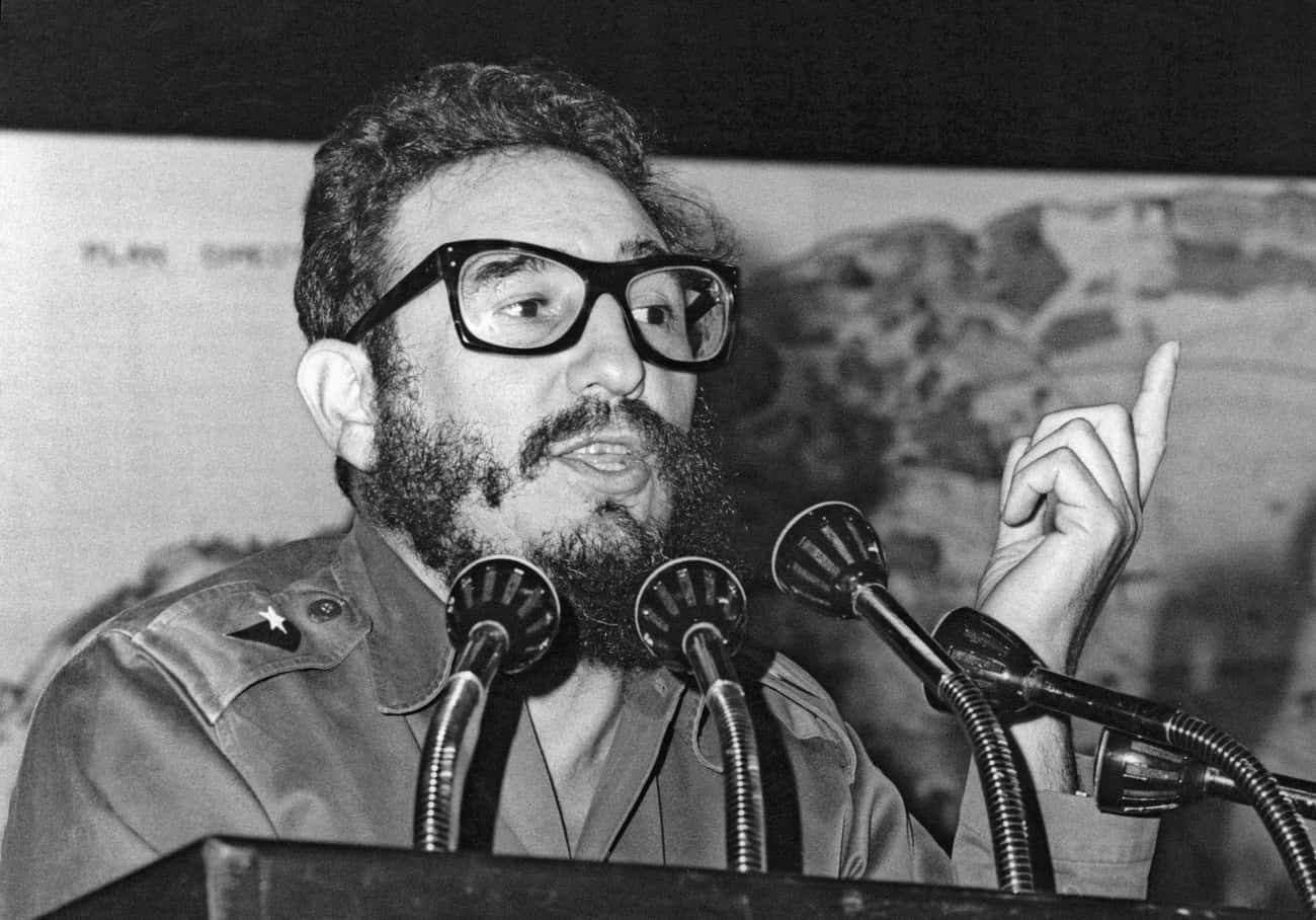 Fidel Castro is listed (or ranked) 1 on the list Famous People Born in 1926