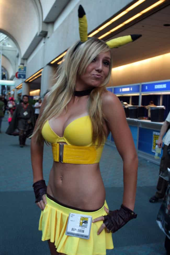 The Hottest Female Costumes Cosplay Girls At Comic Con