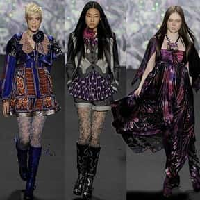 Anna Sui Fashions is listed (or ranked) 16 on the list The Top Clothing Brands in the World