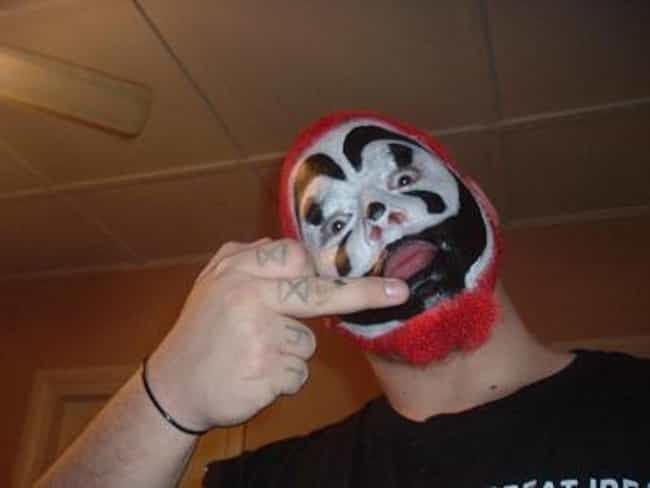 Juggalo Goes on Gay Bar Rampag... is listed (or ranked) 4 on the list 11 Most Violent Juggalo Attacks Ever