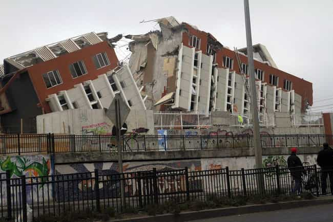 2010 Chile Earthquake/Tsunami is listed (or ranked) 12 on the list The Worst Tsunamis in History