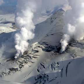 Fourpeaked is listed (or ranked) 11 on the list Volcanoes in the United States