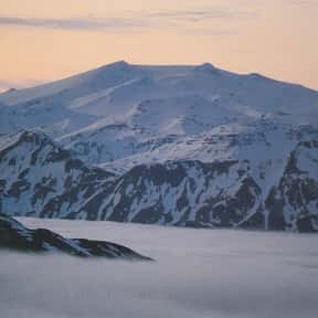 Mount Makushin is listed (or ranked) 22 on the list Volcanoes in the United States