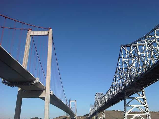 Benicia–Martinez Bridge ... is listed (or ranked) 2 on the list Famous Bridges in California