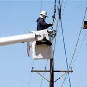 Power Line Installer is listed (or ranked) 12 on the list The Most Dangerous Jobs in America