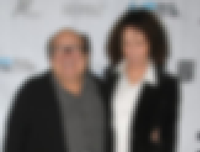 Danny DeVito and Rhea Perlman is listed (or ranked) 4 on the list The Longest Lasting Celebrity Marriages