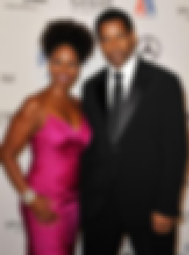 Denzel Washington and Pauletta... is listed (or ranked) 5 on the list The Longest Lasting Celebrity Marriages